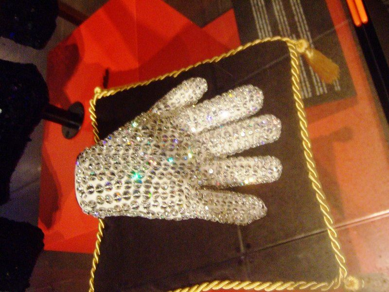 Michael Jackson Glove At An Auction