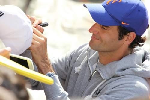 Roger Federer with fans