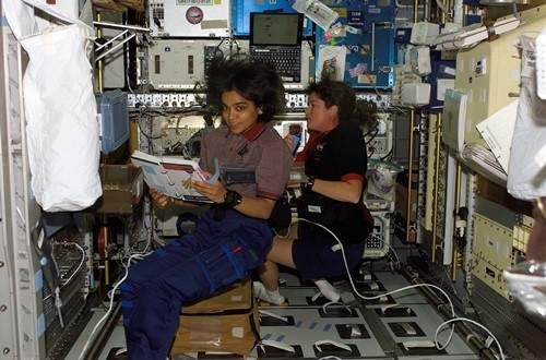 STS-107_Chawla_and_Clark