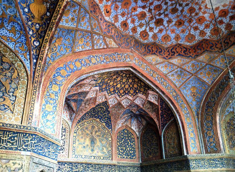 Taj Mahal Precious Stones