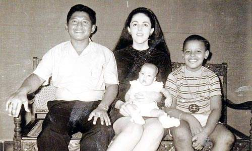obama with family