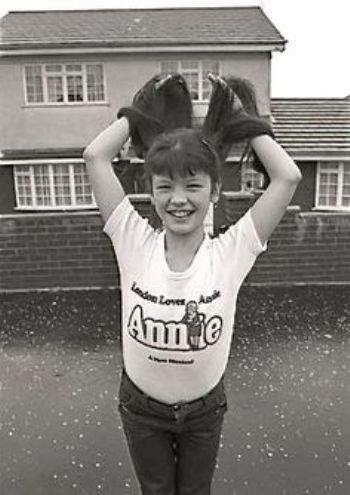 chilhood pic of catherine zeta jones