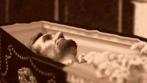 Abraham Lincoln's body in a coffin