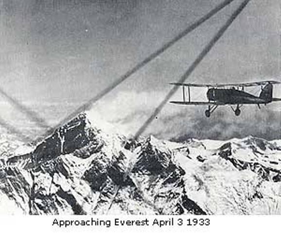 Mount Everest first flight
