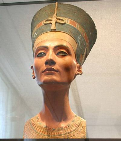Nefertiti Bust in Old Museum Berlin