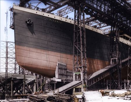 titanic under construction