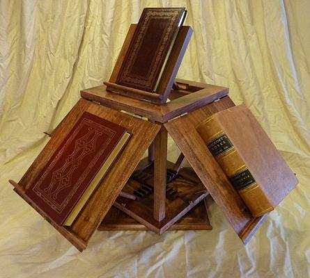 Thomas Jefferson's rotating bookshelf