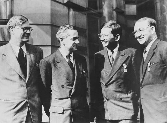 William Penney, Otto Frisch, Rudolf Peierls and John Cockroft