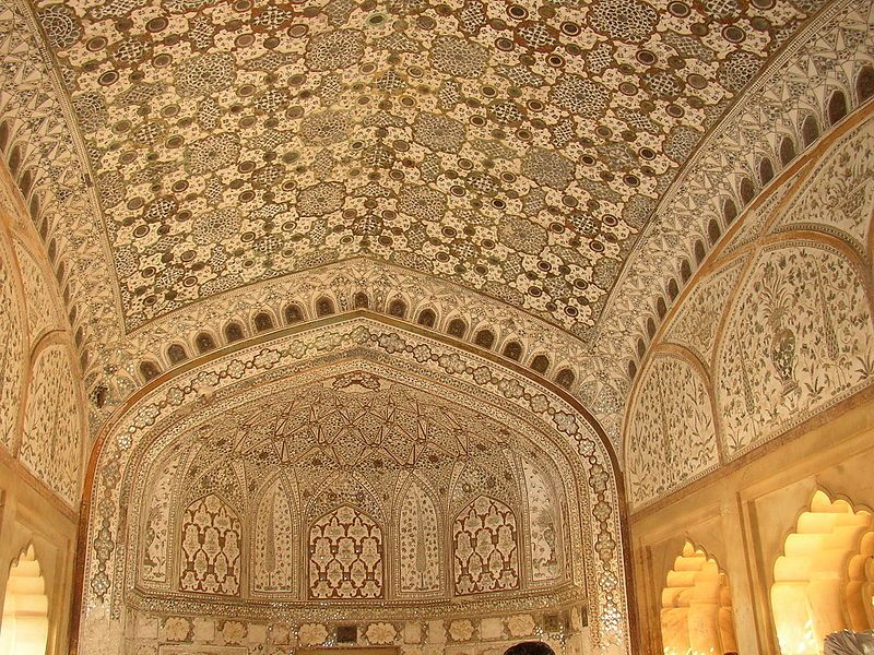 800px-Amber_Fort_interior-compressed
