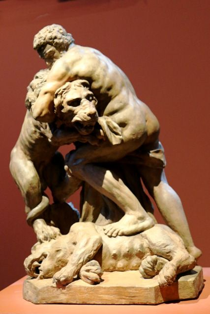 Sculpture of Hercules fighting lions