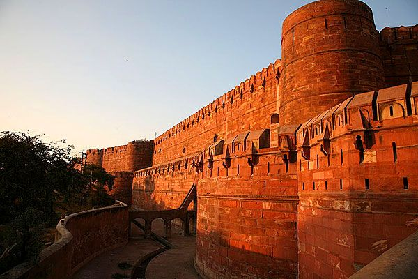 red fort wall