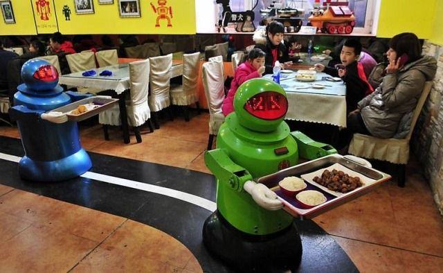 Robot Restaurant at Harbin in China