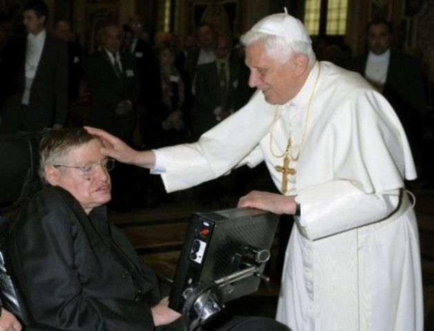 stephen-hawking-and-pope
