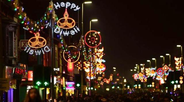 diwali-celebration-in-the-city-of-leicester