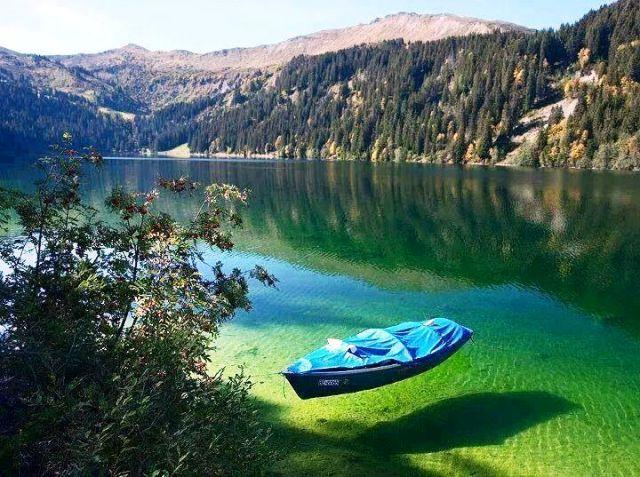 Nelson Blue Lake