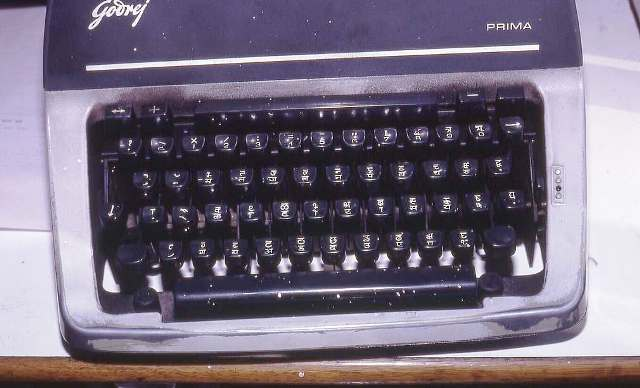 Hindi typewriter