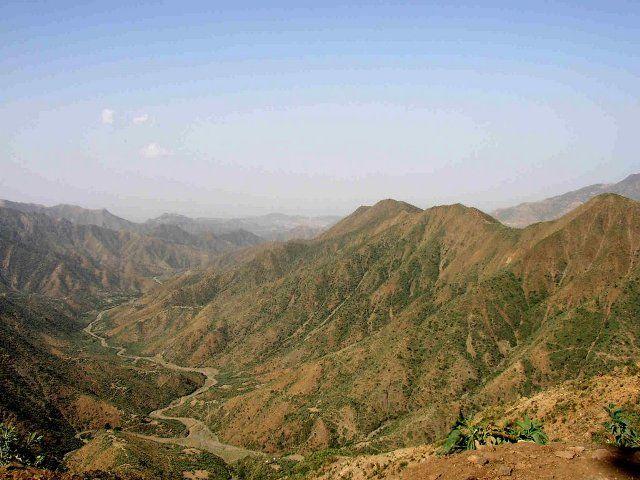 Escarpement of Eritrean highlands, near Asmara, Eritrea