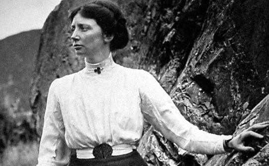 Emmeline Freda Du Faur, first female to climb Mt. Cook
