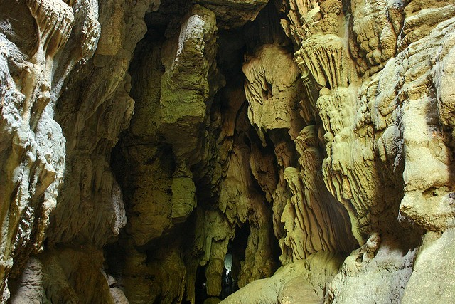 limestones-caves-in-andaman