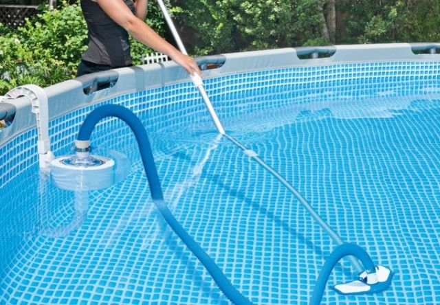 Swimming Pool Vaccum Cleaner