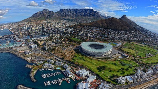 Table Mountains overlooking the city of Cape Town, South Africa