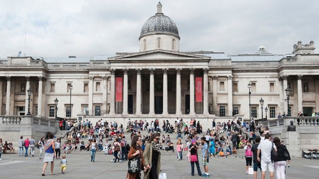 Visitors in National Gallery, London