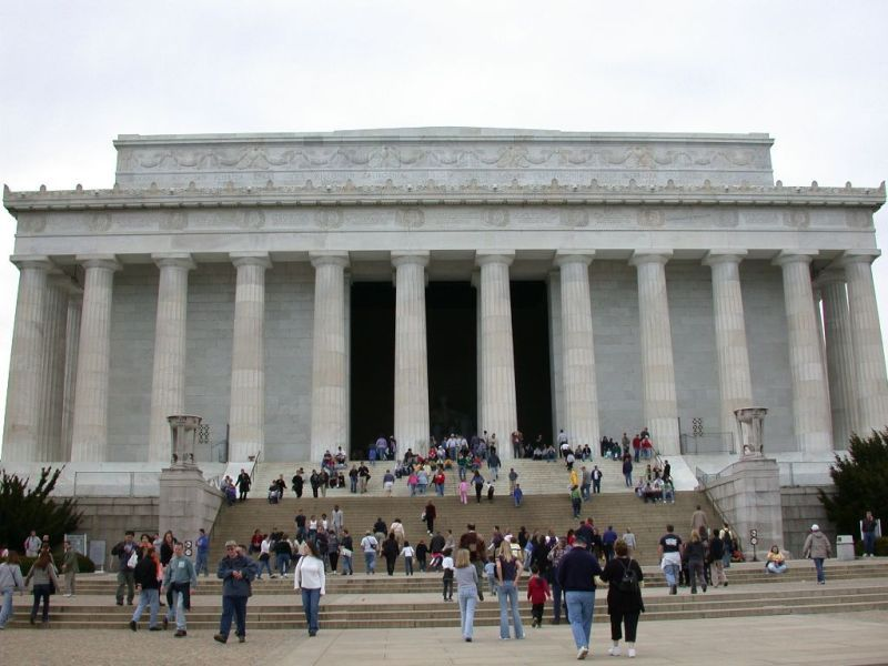 Tourists in Lincoln Memorial