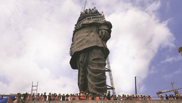 Construction of the Statue of Unity