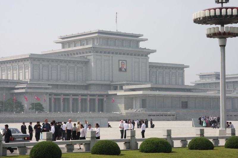 Kumsusan_Memorial_Palace,_Pyongang