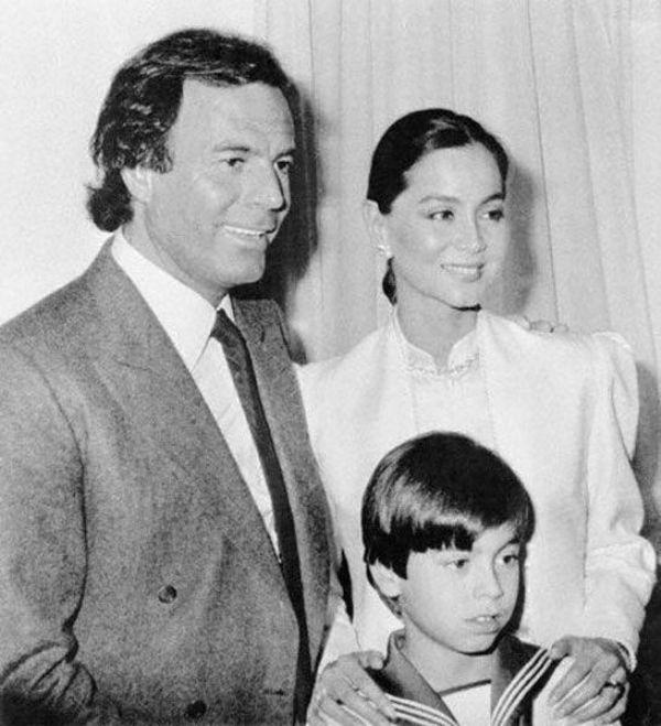 Enrique With His Parents