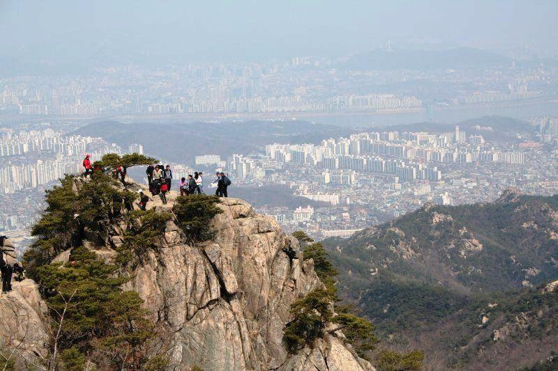 Inwangsan Hiking Trail In Seoul