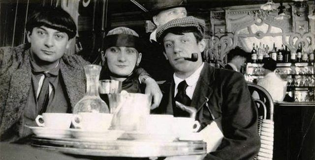 Picasso (right) at Cafe in Paris