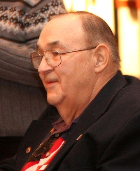 Robert G Heft